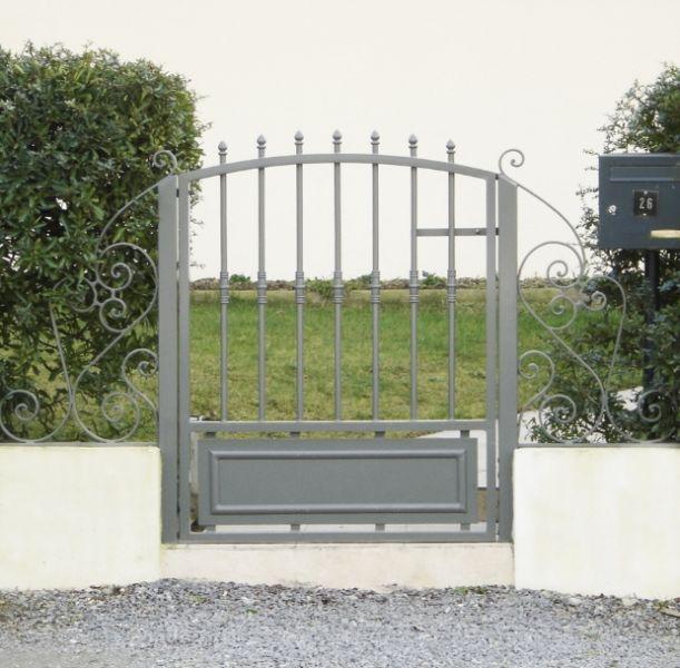 Fabricant constructeur de portail sur mesure en vend e 85 for Portail exterieur sur mesure