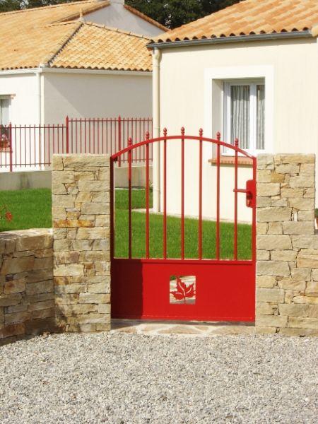 Fabricant constructeur de portail sur mesure en vend e 85 for Portail exterieur